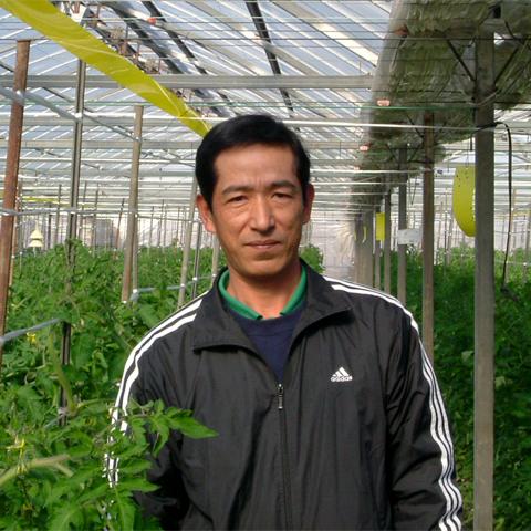 トマト生産者の生沼さん